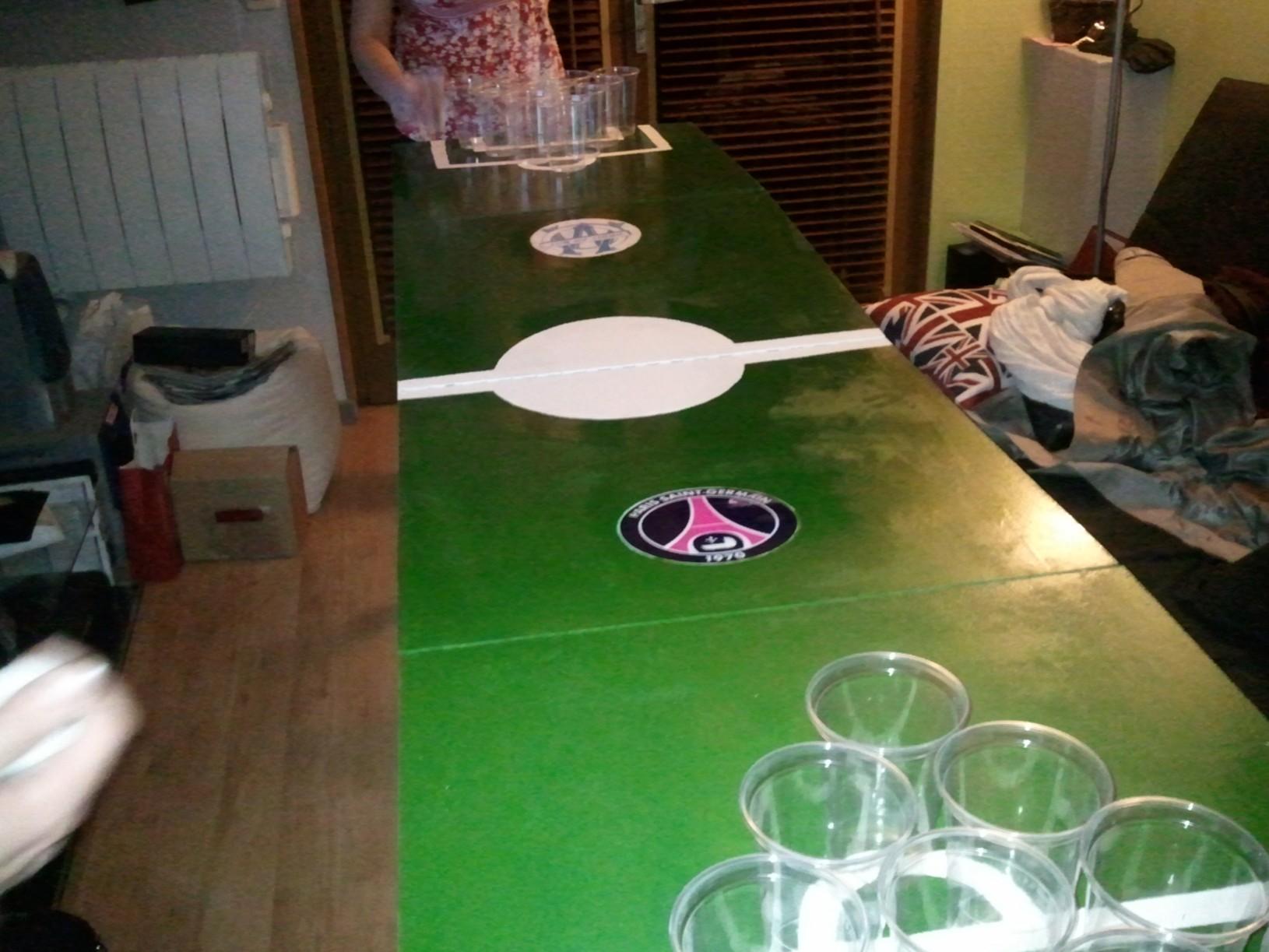 inauguration de la table de beer pong tinkerus 39 s blog. Black Bedroom Furniture Sets. Home Design Ideas